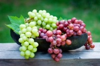 Grapes has low levels of potassium